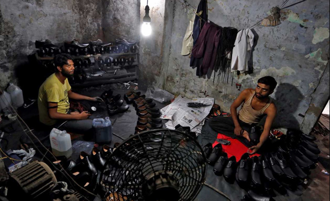Footwear Industries in Bangladesh photo