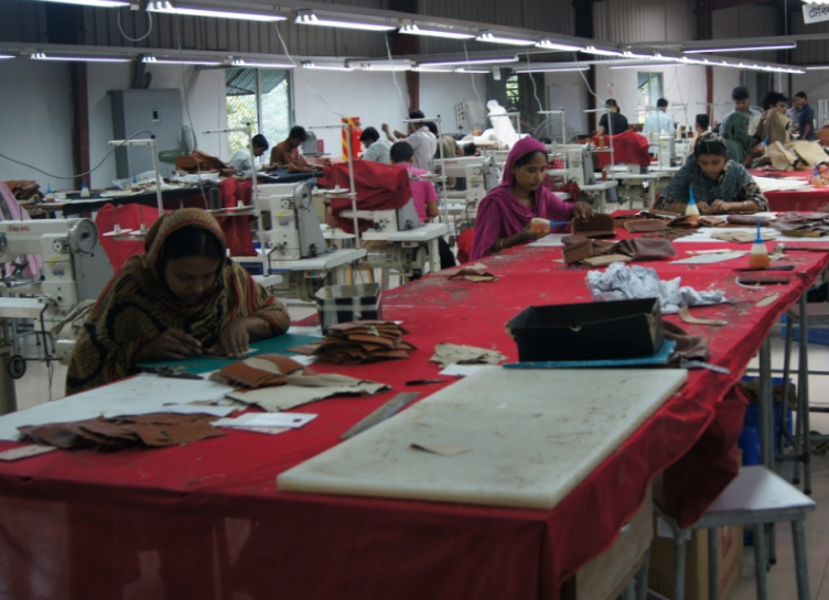 Bangladesh Leather Goods Exporter factory workers photo